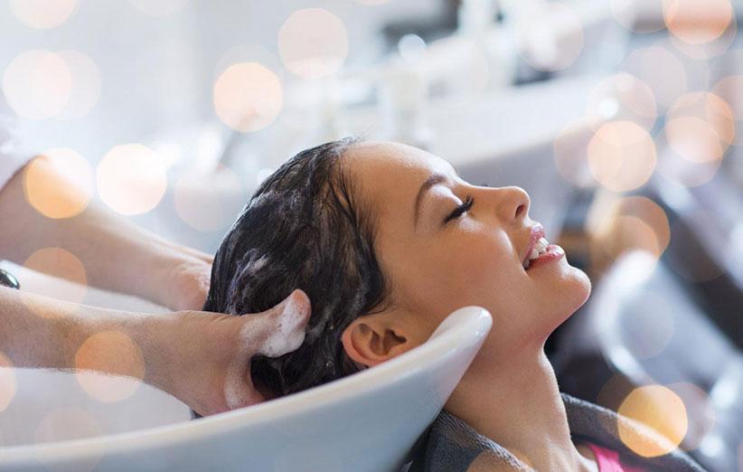 چقدر و چگونه موهایمان را بشوییم