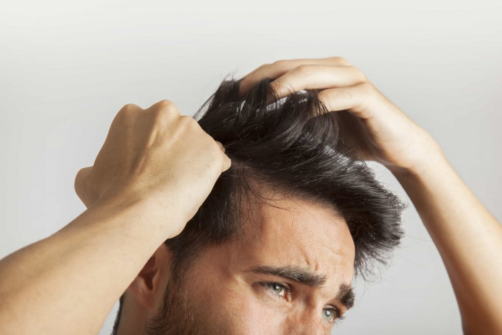 Image result for ریزش مو تا چه حدی طبیعی است؟